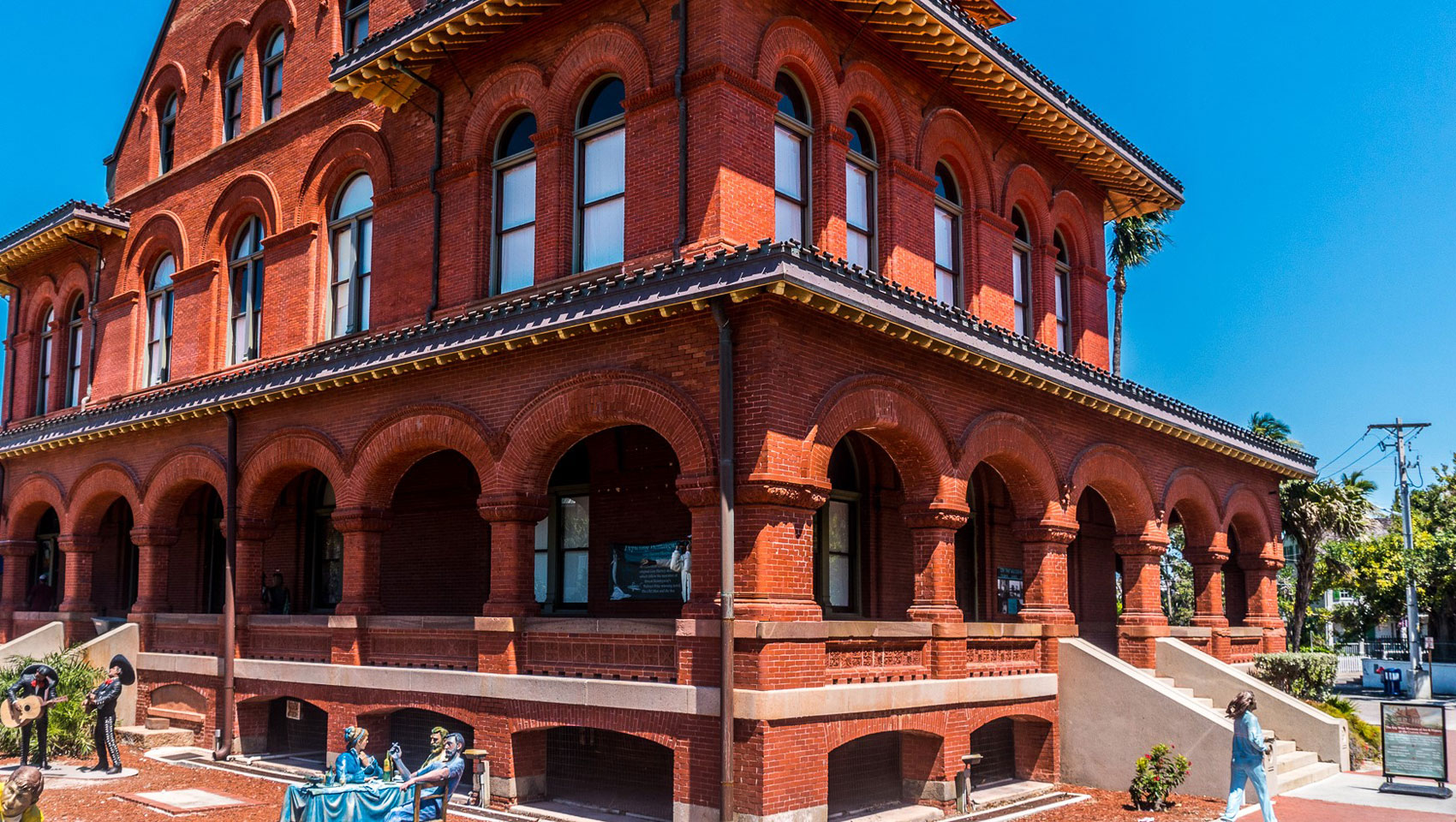 all red brick museum in mallory square key west